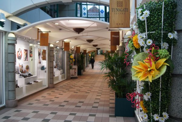 Floral arrangement in Tunsgate Mall